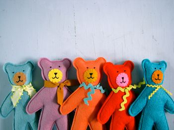 little bear friends: Nifty Kidstuff