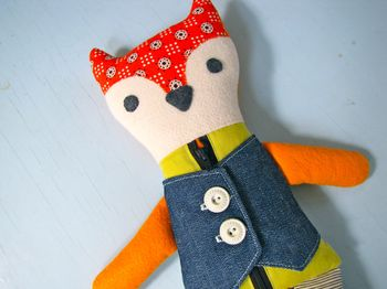 Nifty Kidstuff: Learn to Dress Mr. Fox