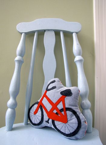 Nifty Kidstuff: Bicycle plush