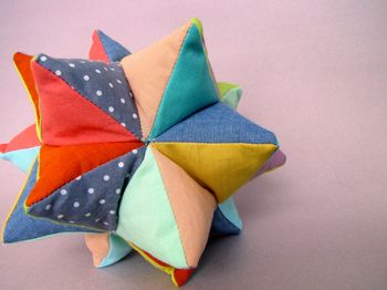 Nifty Kidstuff: Star Ball
